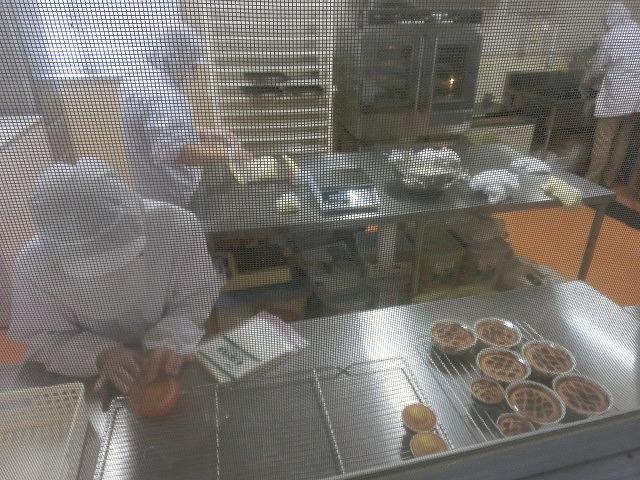 ユニバーサル就労推進議連で「クッキーとバイオ燃料」の「まつぼっくり」を視察ヒアリング_f0141310_7141944.jpg