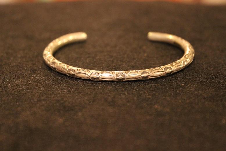 "Indian-Jewellery \""RAY ADAKAI\"" ご紹介_f0191324_0123766.jpg"