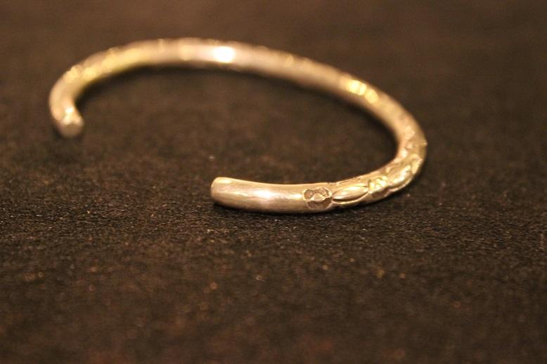 "Indian-Jewellery \""RAY ADAKAI\"" ご紹介_f0191324_0125475.jpg"