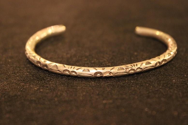 "Indian-Jewellery \""RAY ADAKAI\"" ご紹介_f0191324_0132974.jpg"