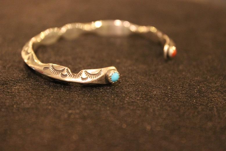 "Indian-Jewellery \""RAY ADAKAI\"" ご紹介_f0191324_0161343.jpg"