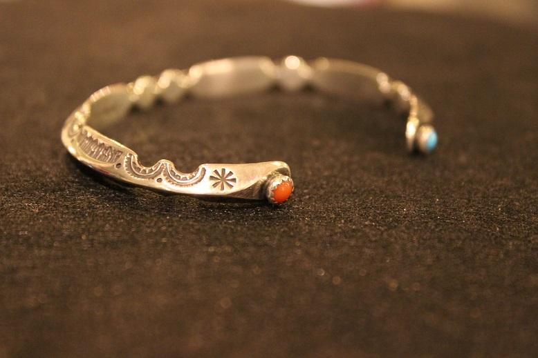 "Indian-Jewellery \""RAY ADAKAI\"" ご紹介_f0191324_0171048.jpg"
