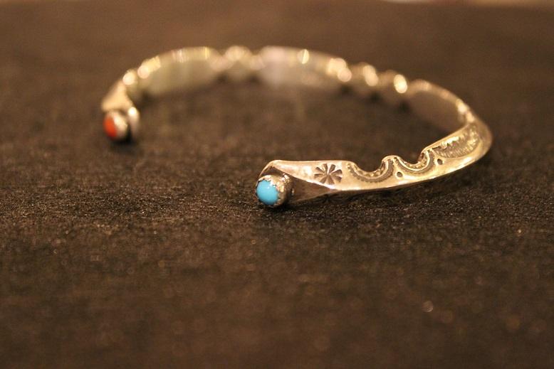 "Indian-Jewellery \""RAY ADAKAI\"" ご紹介_f0191324_017337.jpg"