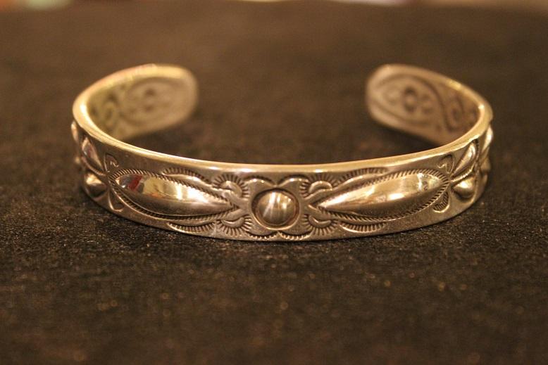 "Indian-Jewellery \""RAY ADAKAI\"" ご紹介_f0191324_0173917.jpg"
