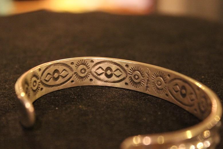 "Indian-Jewellery \""RAY ADAKAI\"" ご紹介_f0191324_017593.jpg"