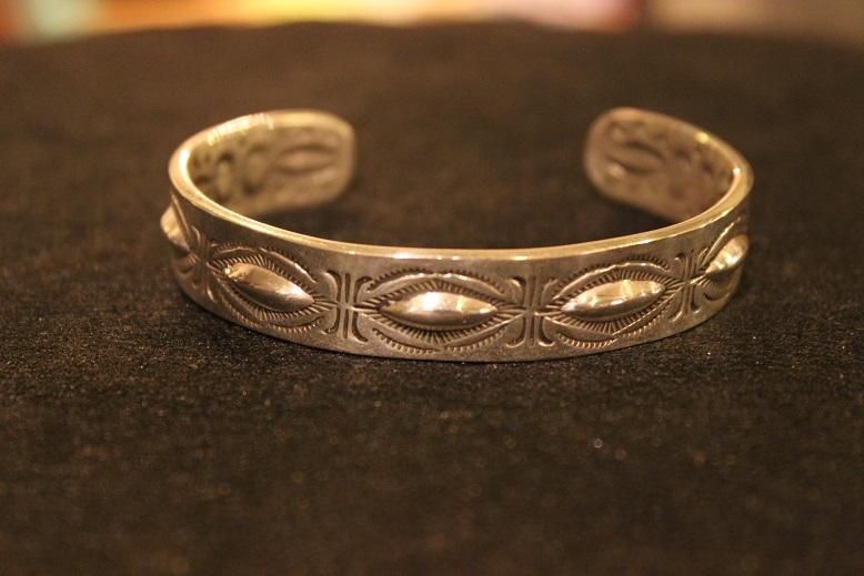 "Indian-Jewellery \""RAY ADAKAI\"" ご紹介_f0191324_0182536.jpg"