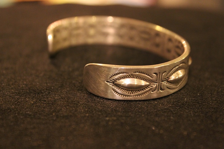 "Indian-Jewellery \""RAY ADAKAI\"" ご紹介_f0191324_0183969.jpg"