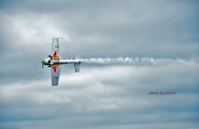 RedBull・・・空を舞う_a0322950_18441921.jpg