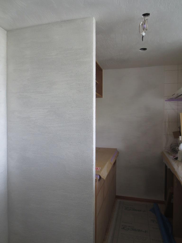 弦巻の家改修 砂漆喰塗り_c0310571_09375345.jpg