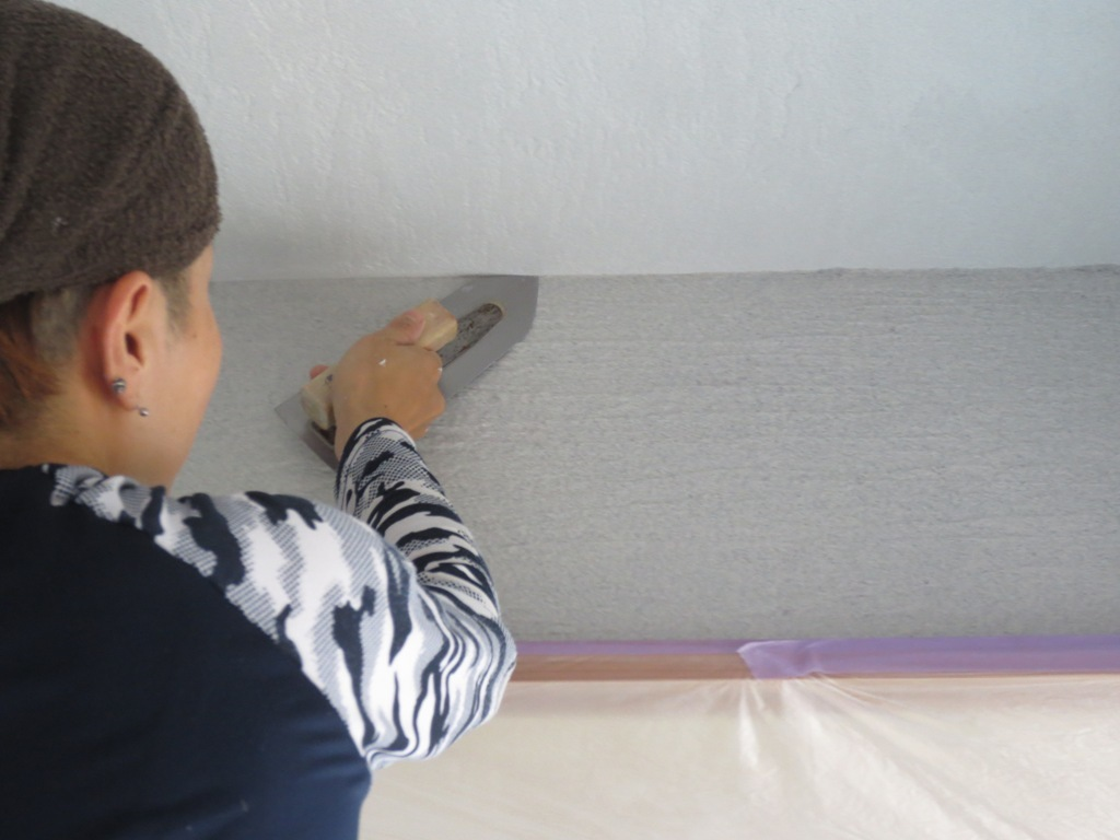弦巻の家改修 砂漆喰塗り_c0310571_09384075.jpg