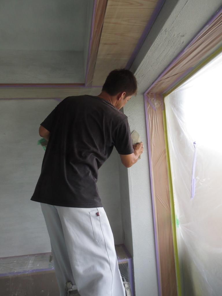 弦巻の家改修 砂漆喰塗り_c0310571_09393474.jpg