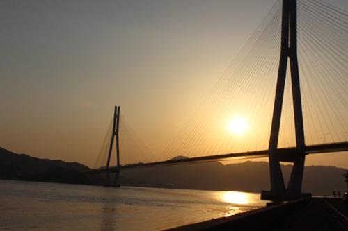 瀬戸大橋を渡って_e0340671_23114693.jpg