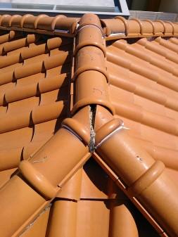 さいたま市浦和区で瓦屋根修理_c0223192_2235438.jpg