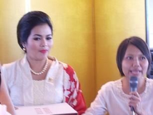 インドネシア:Puti Guntur Soekarnoさんの講演@スカルノ国際共同研究発会式 国士舘大学_a0054926_7194068.jpg