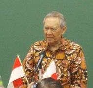 インドネシア:Puti Guntur Soekarnoさんの講演@スカルノ国際共同研究発会式 国士舘大学_a0054926_7211843.jpg