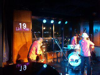 blog:広島、蝉の声_a0103940_1241355.jpg