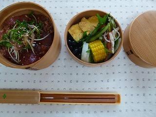 lunch box      真夏の工夫 いろいろ_a0165160_16093489.jpg