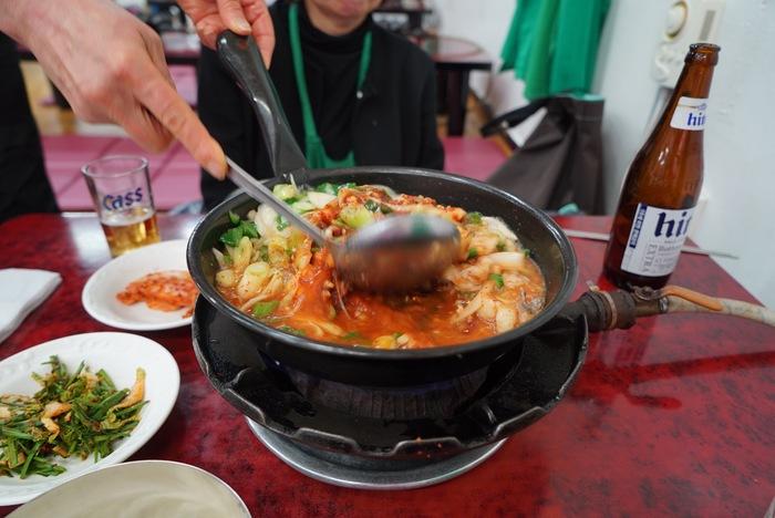 2015年釜山旅その6 ハルメチプでタコと牛モツの辛い鍋、ナクチポックンならぬナッコプポックン。_a0223786_14555735.jpg