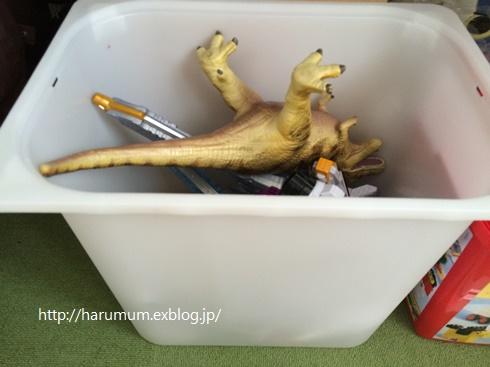 おもちゃの断捨離で、トロファストの整理と収納改善。_d0291758_15415254.jpg