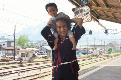 蒸気機関車~露天風呂~川遊び_f0006713_23544322.jpg