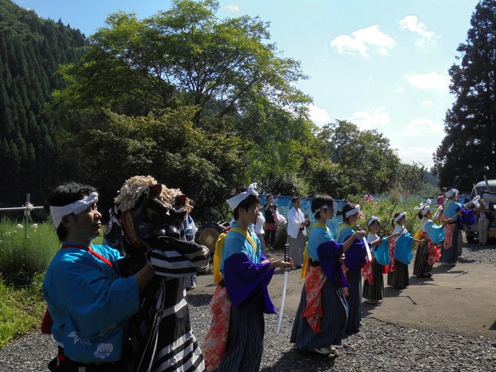 塚澤神社例祭_c0111229_19175384.jpg