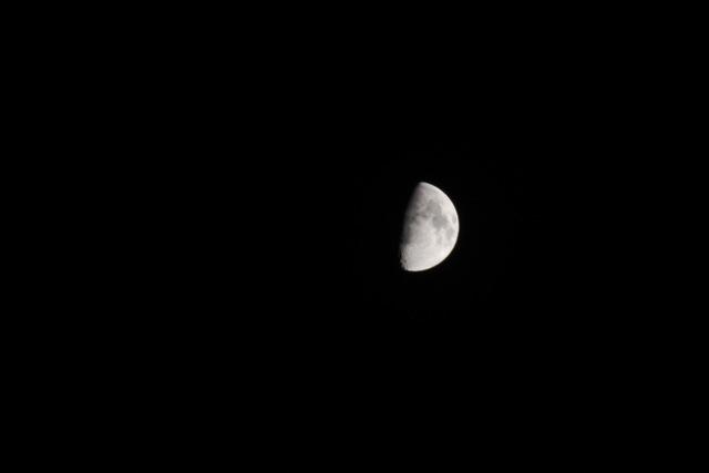 ベランダから見えた花火とお月様。_f0348831_00453413.jpg