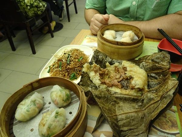 とりあえず食べるでしょ!世界で一番安い一つ星ミシュラン?☆香港滞在_e0182138_13102697.jpg