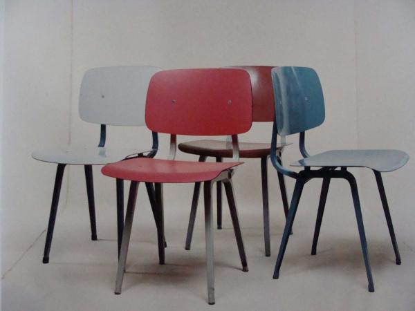 "\""Friso Kramer Revolt Chair no armrests\""ってこんなこと。_c0140560_1062156.jpg"