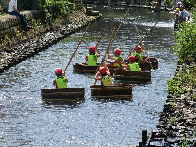 酷暑の中、冷たさが気持ちいい「第29回田宿川 たらい流し 川祭り」_f0141310_7161423.jpg