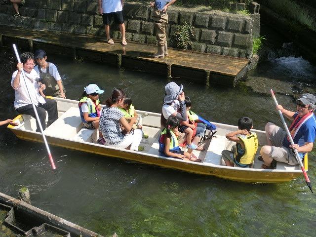 酷暑の中、冷たさが気持ちいい「第29回田宿川 たらい流し 川祭り」_f0141310_7165426.jpg