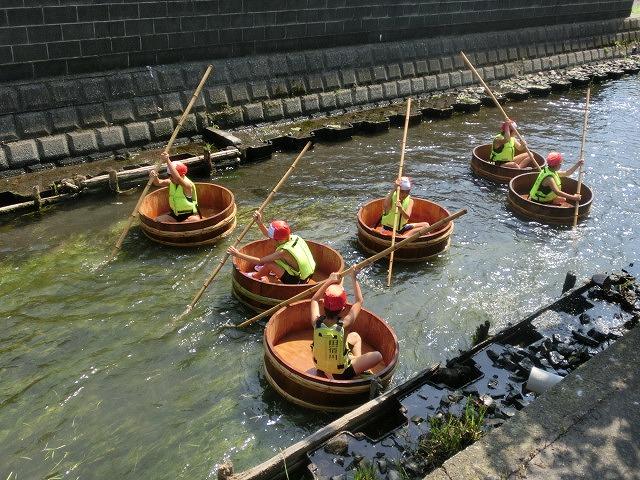 酷暑の中、冷たさが気持ちいい「第29回田宿川 たらい流し 川祭り」_f0141310_716575.jpg
