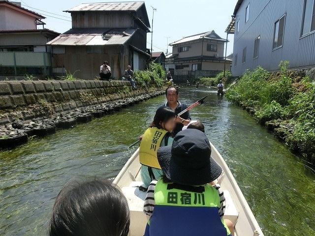 酷暑の中、冷たさが気持ちいい「第29回田宿川 たらい流し 川祭り」_f0141310_7172263.jpg