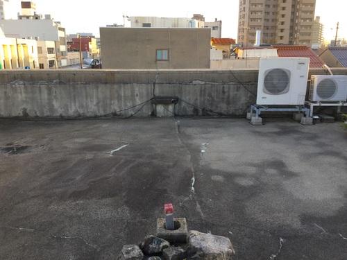 ゲリラ豪雨も安心! 屋上防水工事_b0182530_15525942.jpg