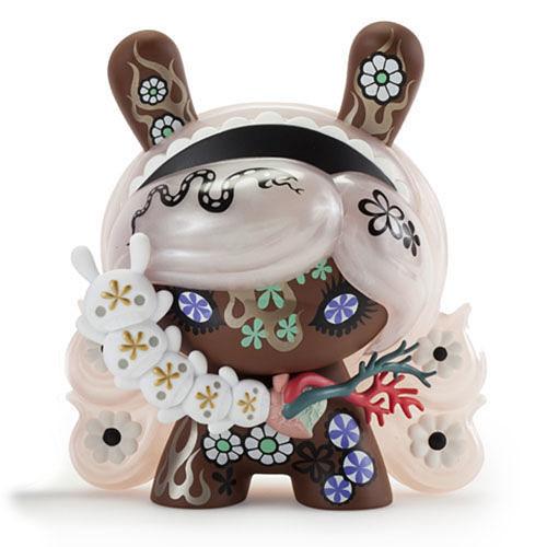 Berry Chocolate Lady 8 inch Dunny by Junko Mizuno_e0118156_16325269.jpg