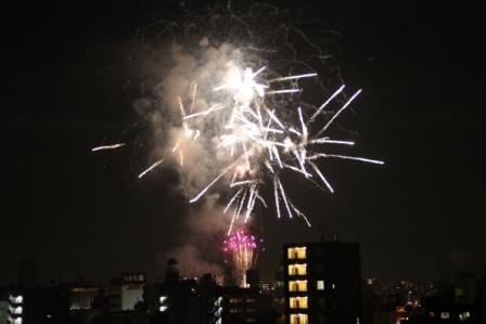 隅田川花火大会_a0117168_1629421.jpg