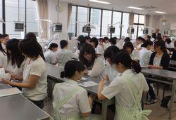 学校見学会を行いました!_e0196791_16331363.jpg