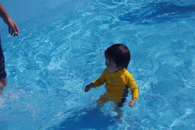 早朝カヤックと水泳とプール_c0113733_22245014.jpg