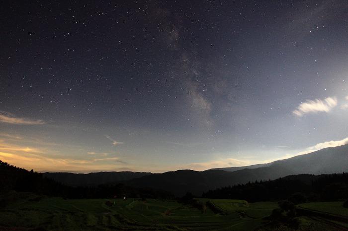 月夜の別宮_a0294534_19474167.jpg