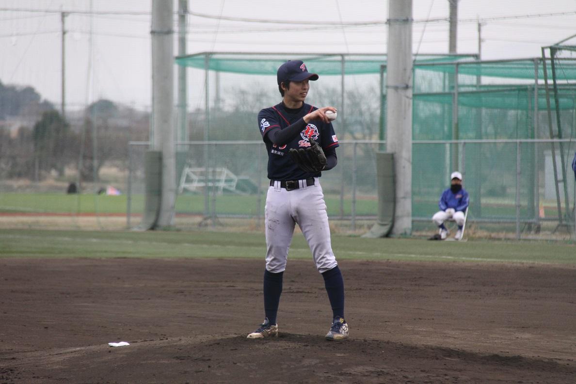 朝日大学 第二試合_b0105369_13144835.jpg
