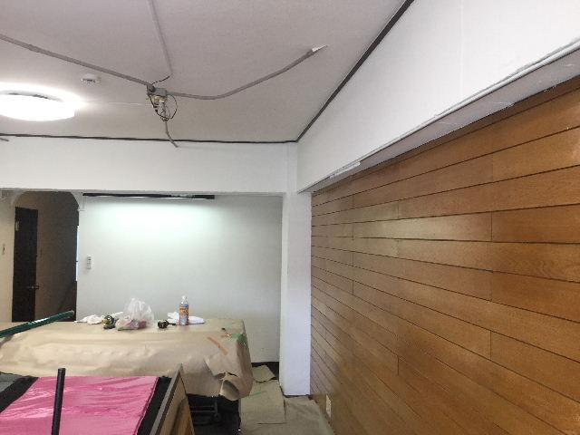 マンション・梁塗装・扇風機・カーテンレール_f0031037_18431071.jpg