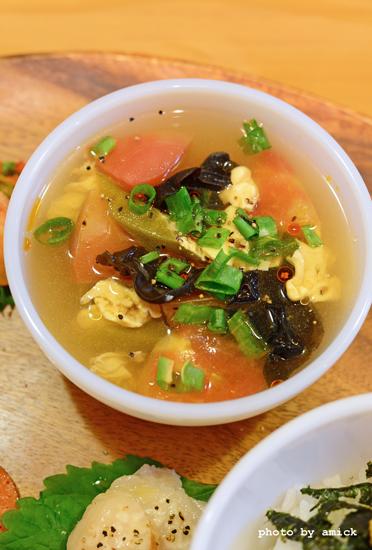 7月29日 水曜日 トマトと卵の中華スープ&生雲丹丼_b0288550_14454856.jpg