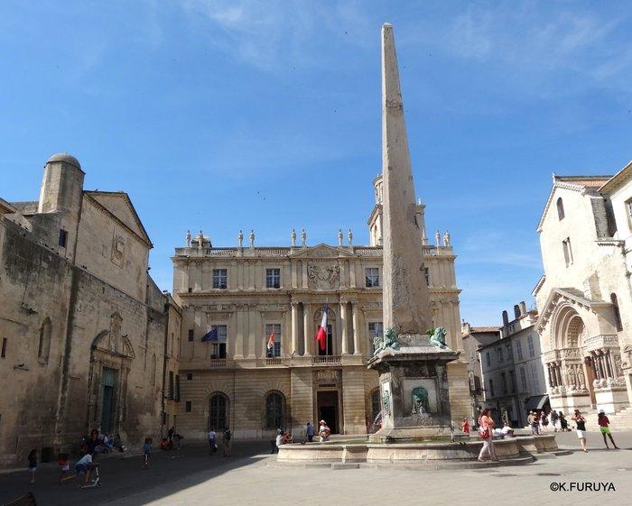フランス周遊の旅 13 古代遺跡の街アルル_a0092659_22594980.jpg