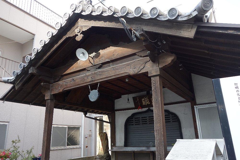 福岡市博多の西門飢人地蔵尊_c0112559_9173353.jpg