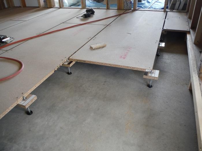 事務所の室内改装 ~ 床、内壁つくり_d0165368_15453987.jpg