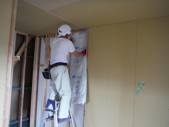 事務所の室内改装 ~ 床、内壁つくり_d0165368_15461094.jpg