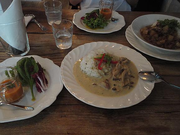 リロンデルで美味しいグリーンカレー_e0230011_17425742.jpg