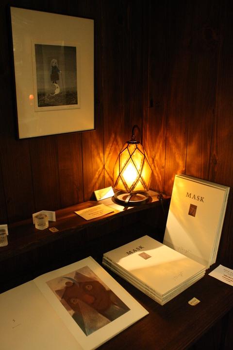 「安曇野絵本館」オリジナル作品を展示販売いたします _a0260022_2055638.jpg