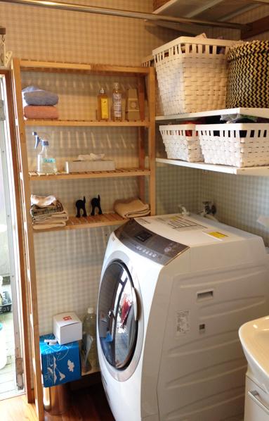 IKEAの棚で洗濯機まわりを_f0131628_0211969.jpg