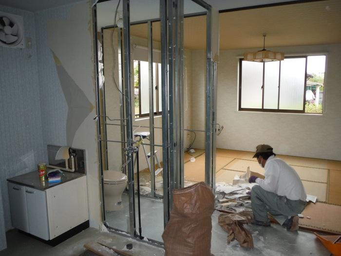 事務所の室内改装 ~ トイレの移設_d0165368_814141.jpg