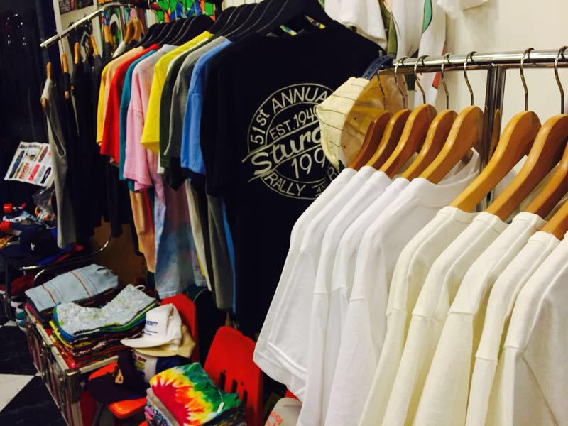「 NEW STAFF & A LOT OF T-SHIRT-SNEAKER 」_c0078333_23503492.jpg